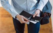 The most effective method to Find a Secure Travel Wallet