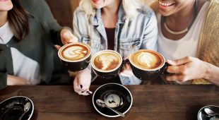 Have the Right Dal Komm Coffee Experience with 200 Outlets near you