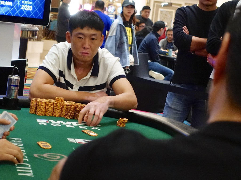 Why you need to try playing baccarat online
