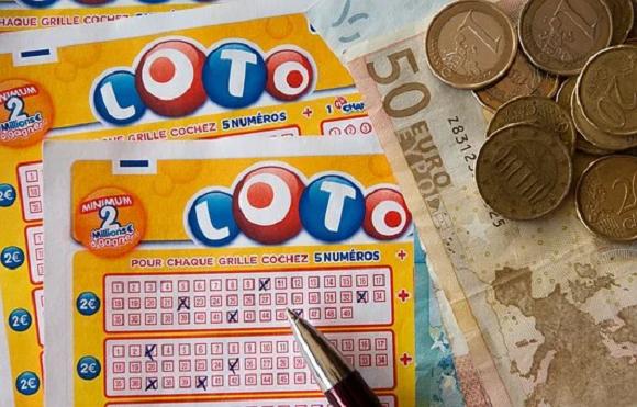 Should I trust lottery websites online?